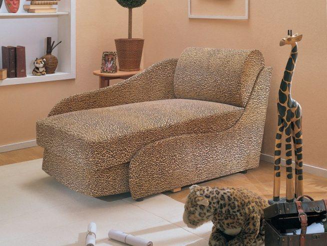 Удобное раскладное кресло-кушетка