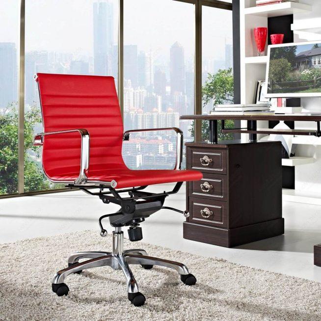 Яркое и функциональное компьютерное кресло