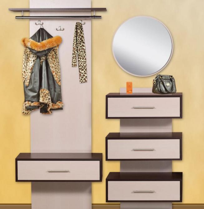 Вешалка и зеркало в стиле минимализм