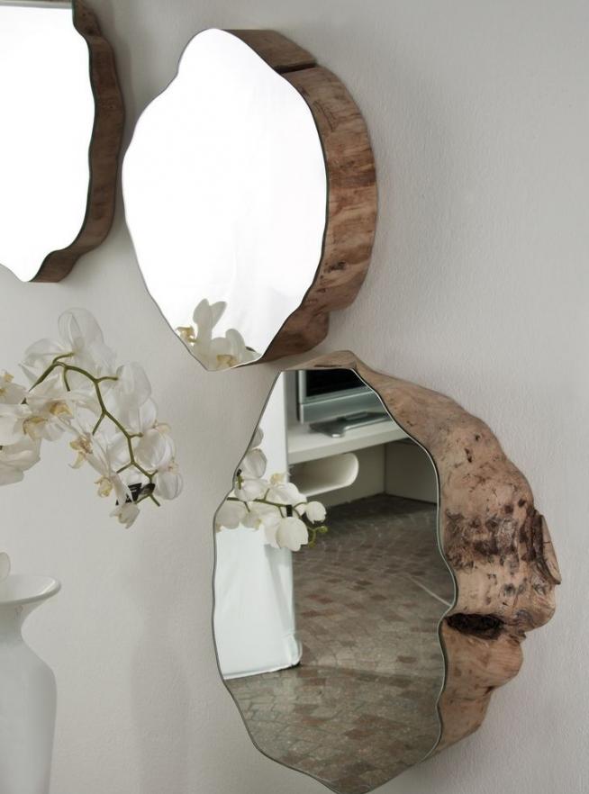 Зеркала авторской работы в форме срезанных стволов деревьев