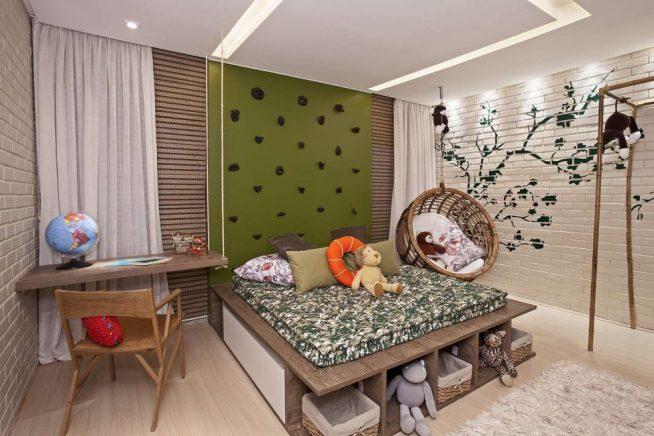 Детская кровать на практичном подиуме