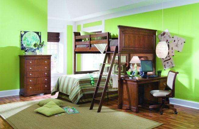 Двухъярусная кровать для двух подростков с практичным рабочим столом