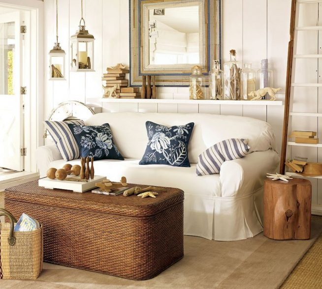 Гостиная в скандинавском стиле с плетёным сундуком