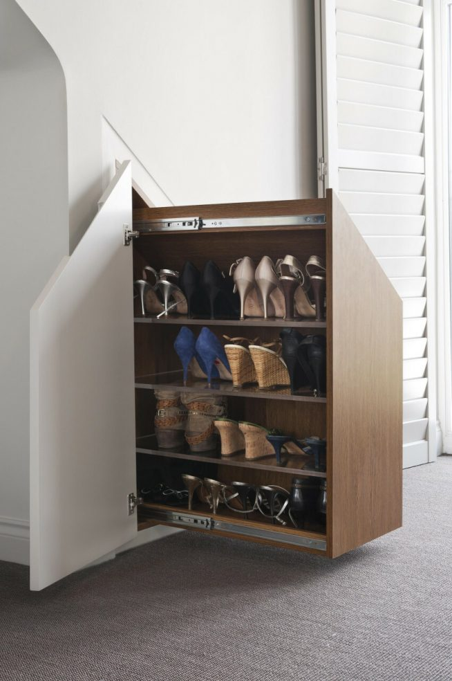 Встроенный шкаф для обуви