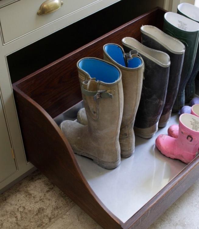 Ящик для мокрой обуви