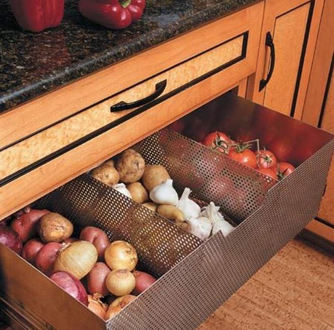 Хранение овощей в металлических ящиках