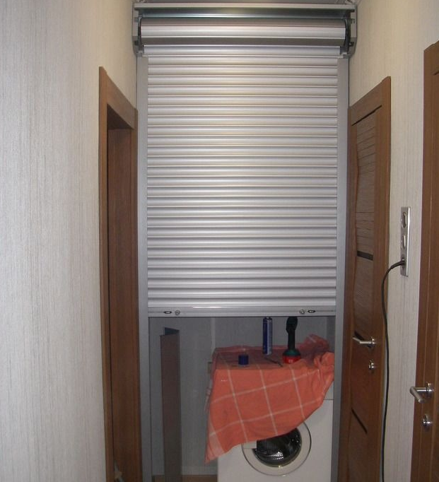 Дверь-жалюзи для кладовки