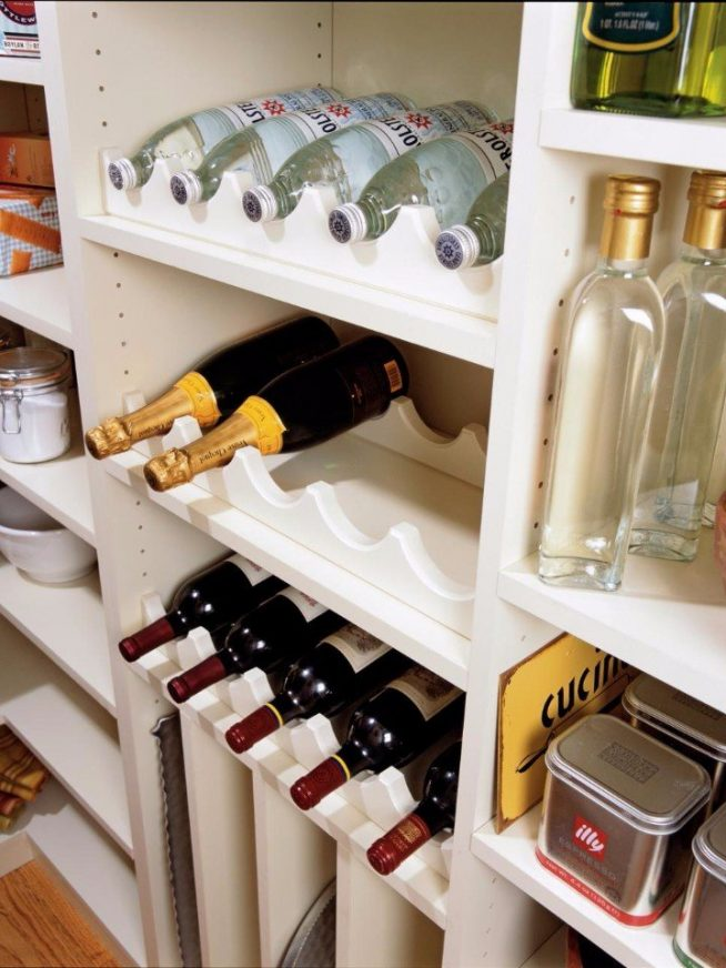 Хранение бутылок в кладовке