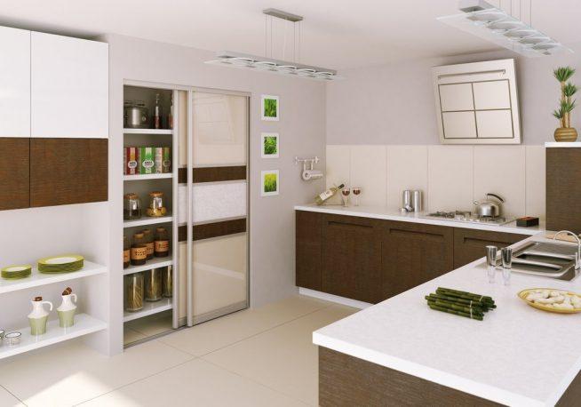 Кладовка за дверью-купе на кухне