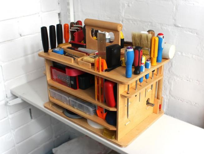Хранение инструментов в кладовке