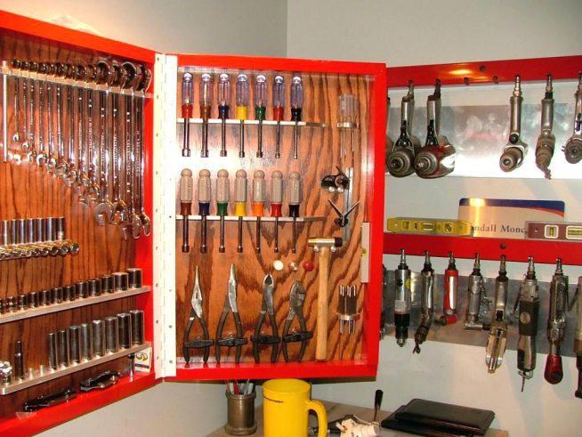 Самодельный стенд для инструментов
