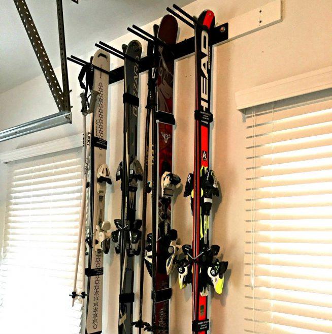 Хранение горных лыж на балконе