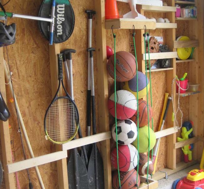 Хранение спортивных принадлежностей на балконе