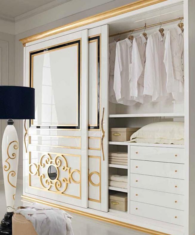 Стильный шкаф-купе в спальне