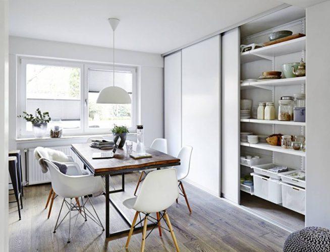 Шкаф-купе на кухне в скандинавском стиле