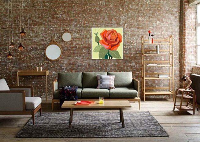 Интерьер студии в стиле лофт с яркой картиной