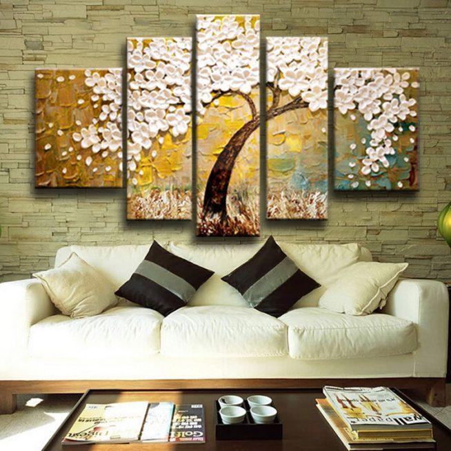 Модульная картина на стене гостиной в стиле лофт