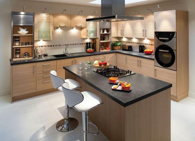 Кухня и остров классического дизайна