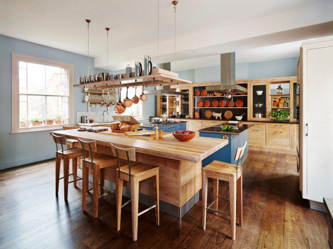 Деревянный рейлинг для посуды