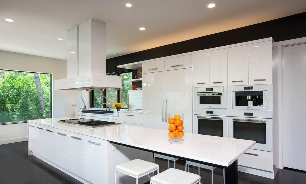 фото кухонных островов форме именно еловых