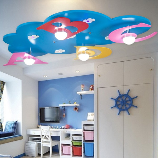 Красивый потолок в детской