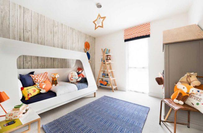 Детская кровать в комнате скандинавского дизайна