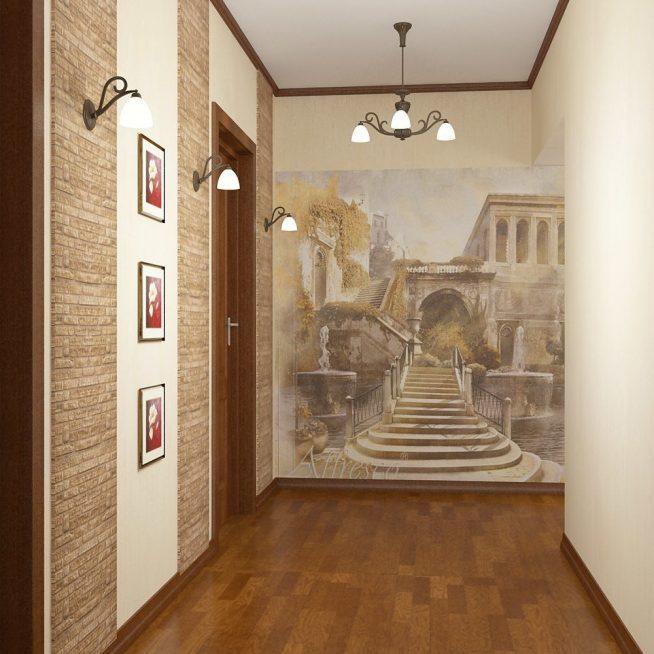 Красивое панно на стене прихожей