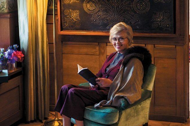 Алиса Фрейндлих в своей питерской квартире