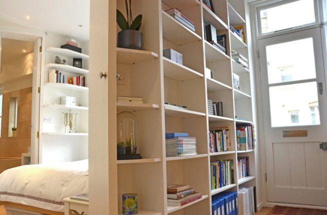 Использование стеллажа в квартире