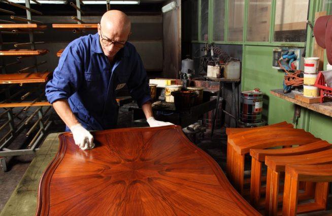 Обновление полированного стола