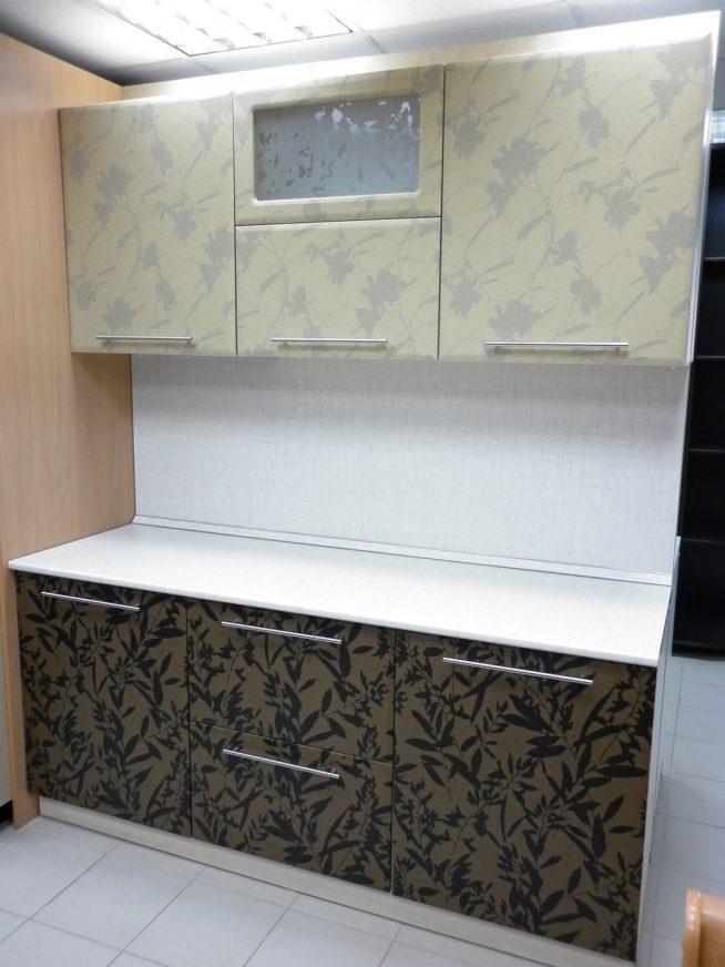 Оклейка кухонного гарнитура виниловыми обоями