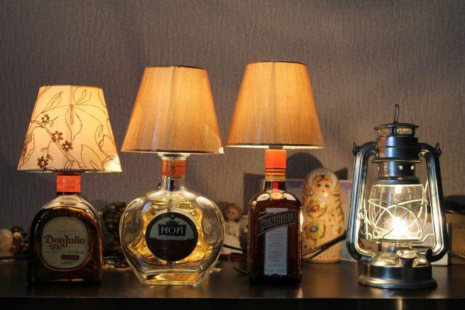 Лампы и светильники из бутылок