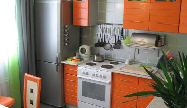 холодильник и духовой шкаф