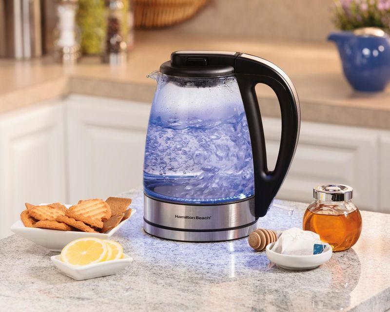 5 идей куда поставить чайник на кухне: подборка фотографий
