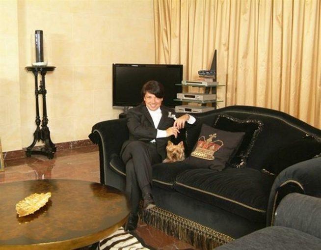 Валентин Юдашкин в своём доме
