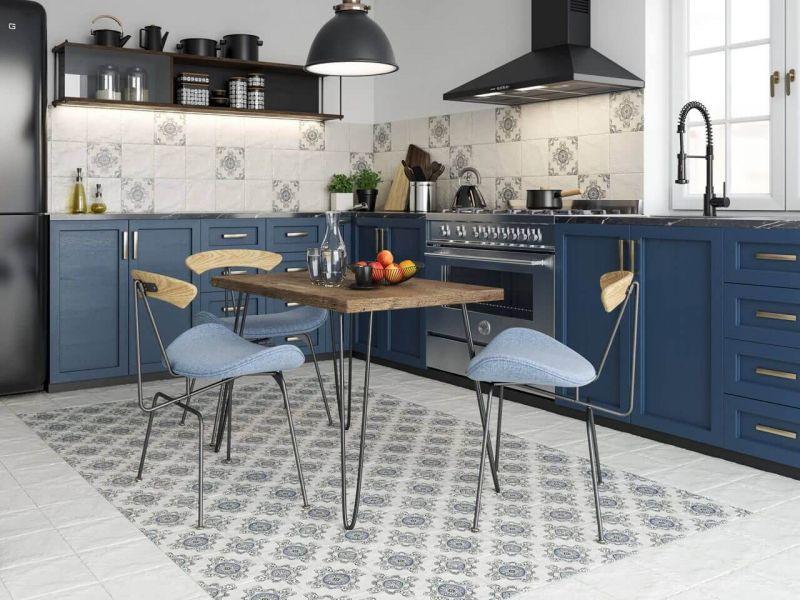 Какую плитку выбрать для маленькой кухни (фото)