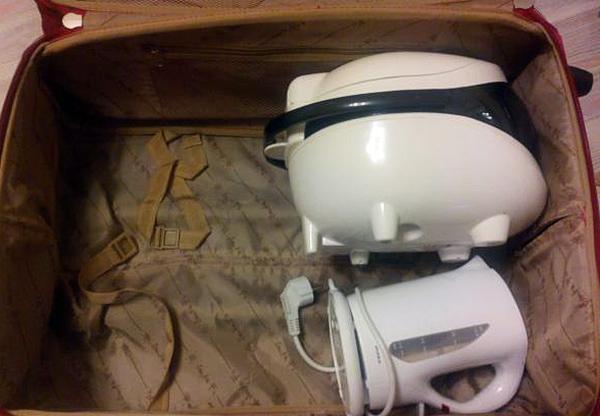 мультиварка и чайник в чемодане
