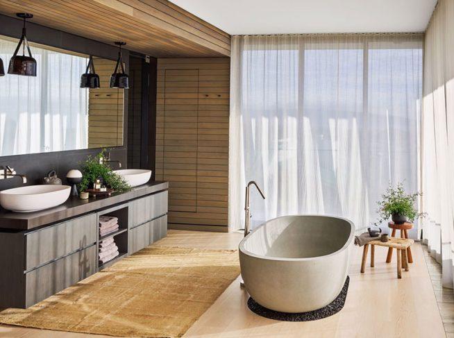 Ванная комната в доме Марии Шараповой