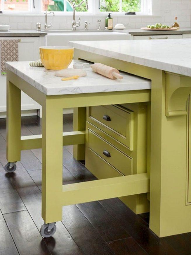 Выкатной стол на кухне