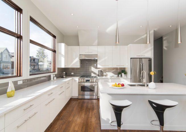 Стиль минимализм на кухне