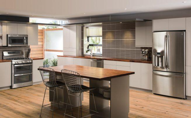 Кухня в стиле минимализм серого цвета