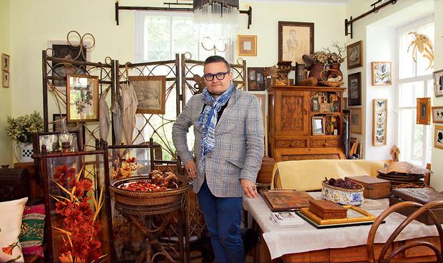 Александр Васильев в своём доме