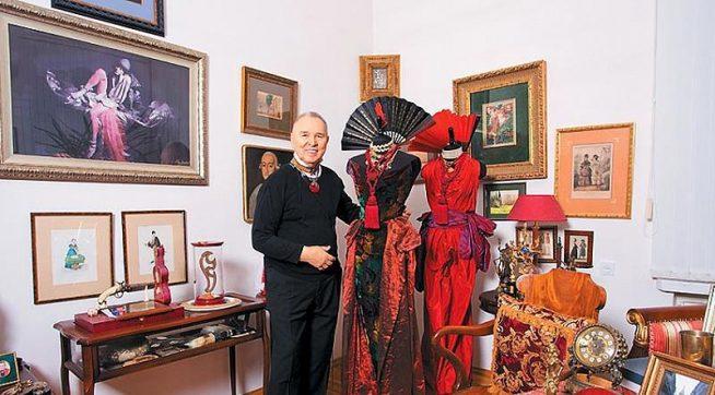 Вячеслав Зайцев в своём доме