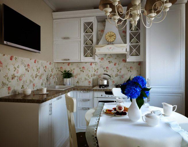Дизайн небольшой кухни с обоями с цветочным рисунком