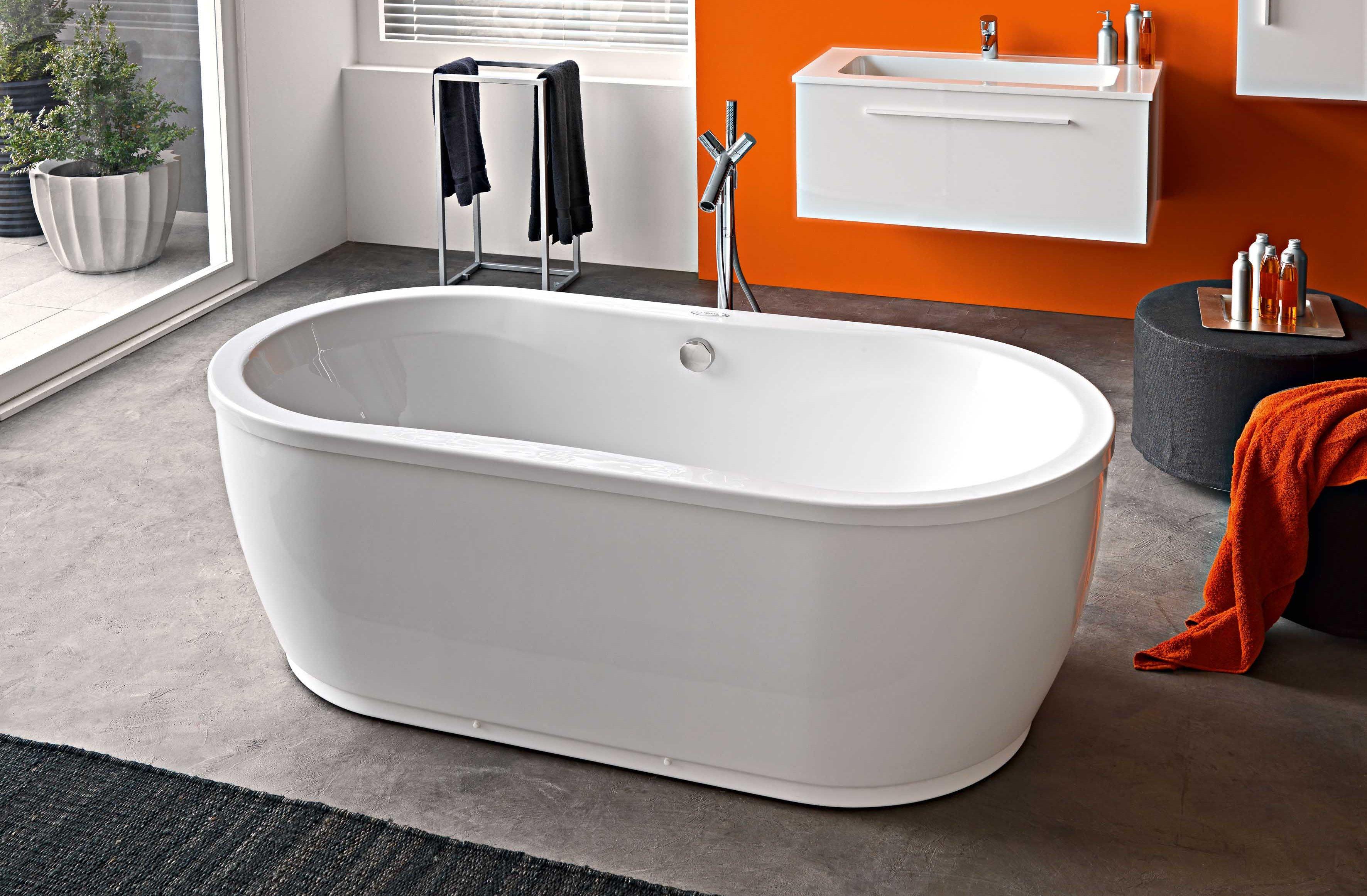 Как вернуть блеск акриловой ванне: самые недорогие средства