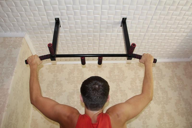 Экономим на спортзале: 4 совета, чтобы сделать маленькую квартиру пригодной для спорта
