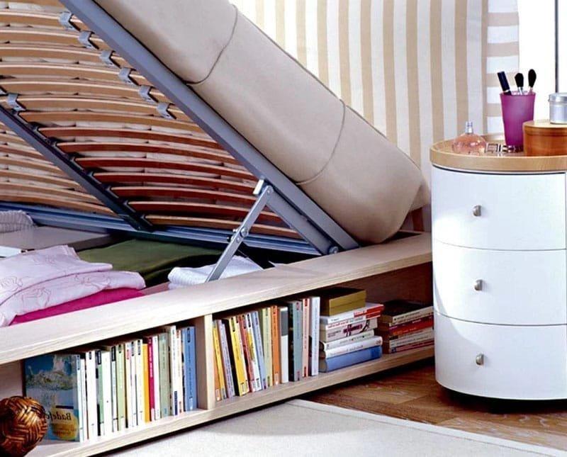 Как эффективно использовать место под кроватью в небольшой спальне
