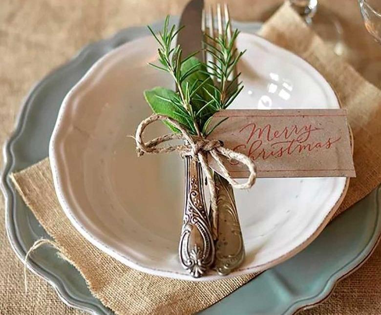 Декорируем новогодний стол ароматными и стильными способами