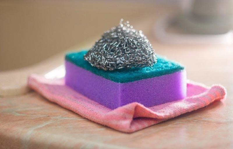 8 практичных способов использования металлической мочалки